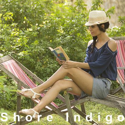 Shore indigo débardeur épaules dénudés couleur bleu avec short indigo
